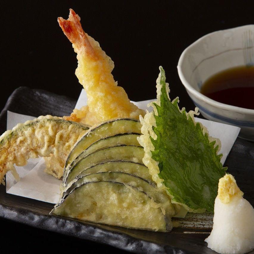 大海老とお野菜の天麩羅盛り合わせ