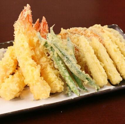 大海老と旬野菜の天麩羅盛り合わせ
