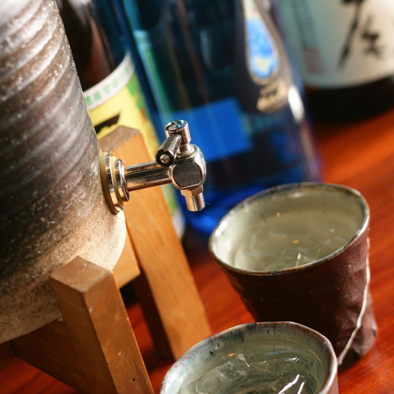 【飲み放題】当日OK!圧巻の焼酎180種類 & ビール・サワー各種ドリンク飲み放題!1時間1500円~