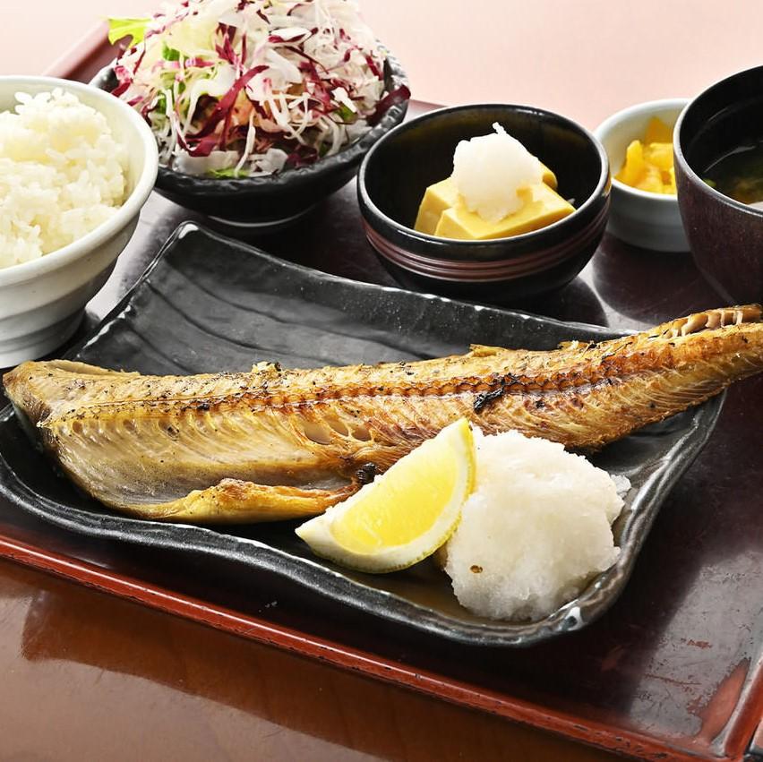 週替り 健菜お魚定食