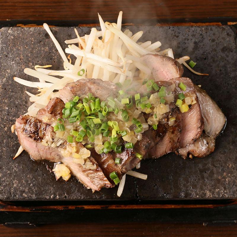 黒豚ロース溶岩焼き(旨たれ・味噌)