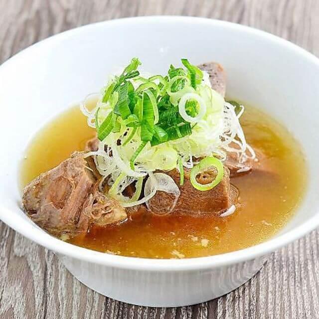 牛骨の玉子スープ
