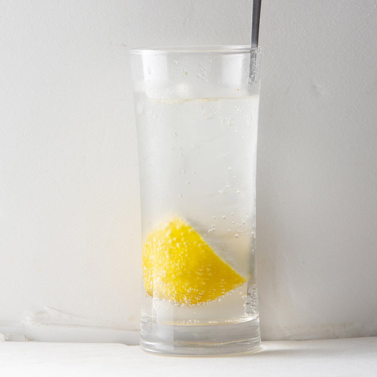 定番!生搾りレモンサワー