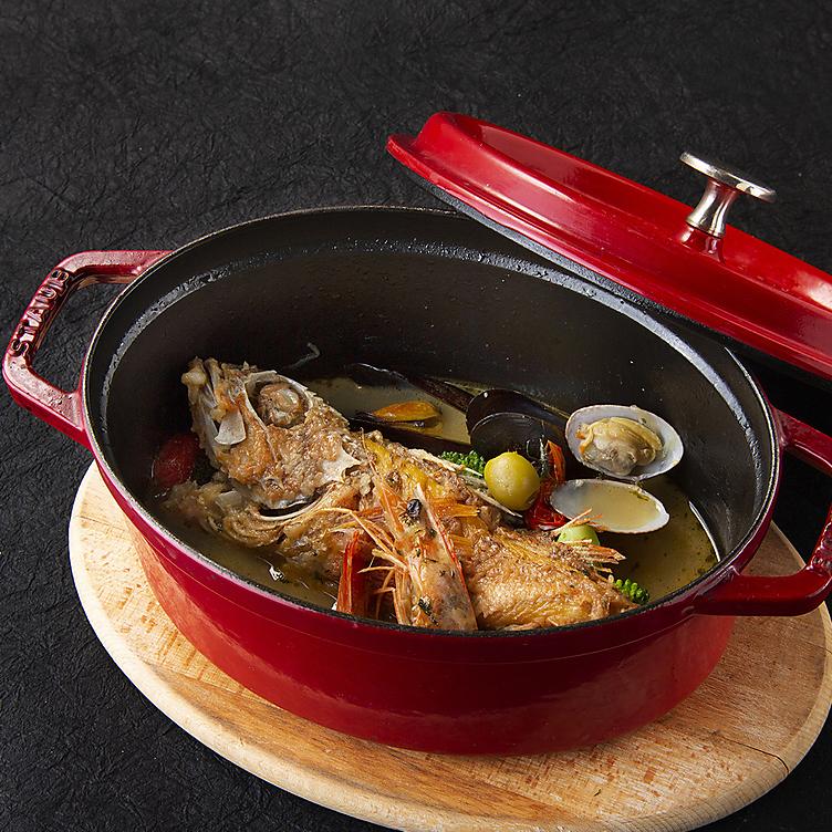 Basque style fresh fish aquapazza