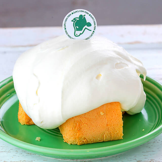 濃厚生クリームのシフォンケーキ