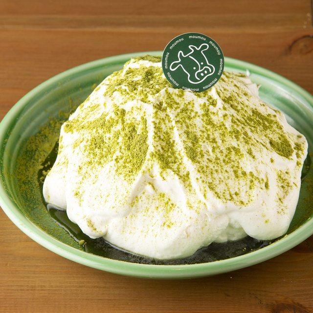 北海道生クリームの抹茶シフォンケーキ