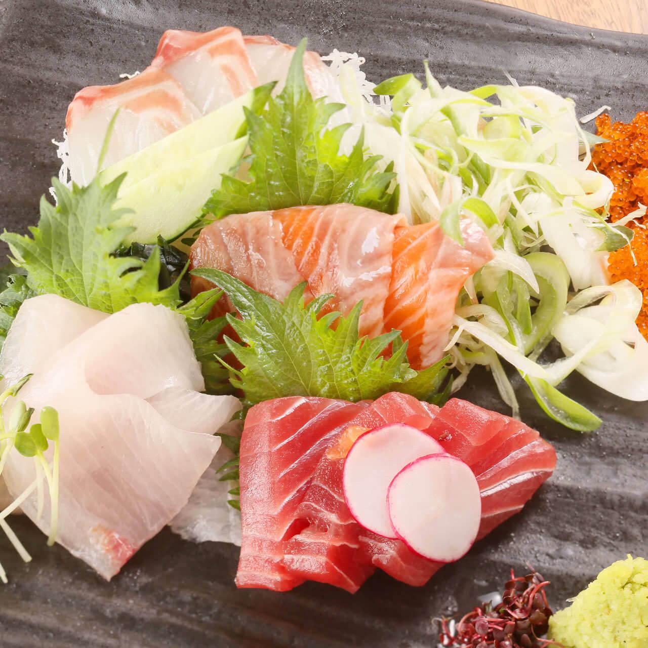 桶盛り鮮魚3種盛り合わせ