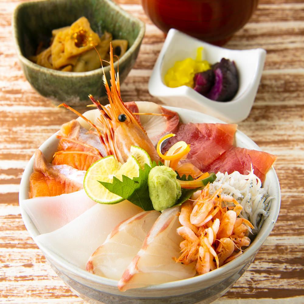 【二六丸名物!海鮮丼】