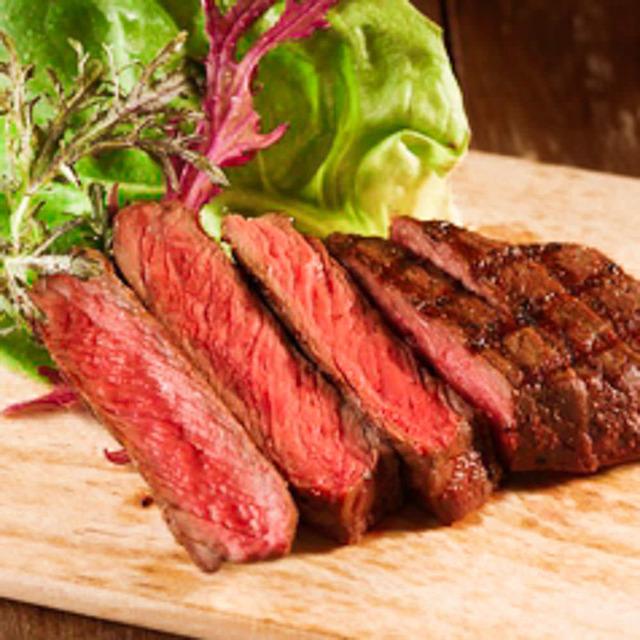 国産牛ランプの塊肉ステーキ