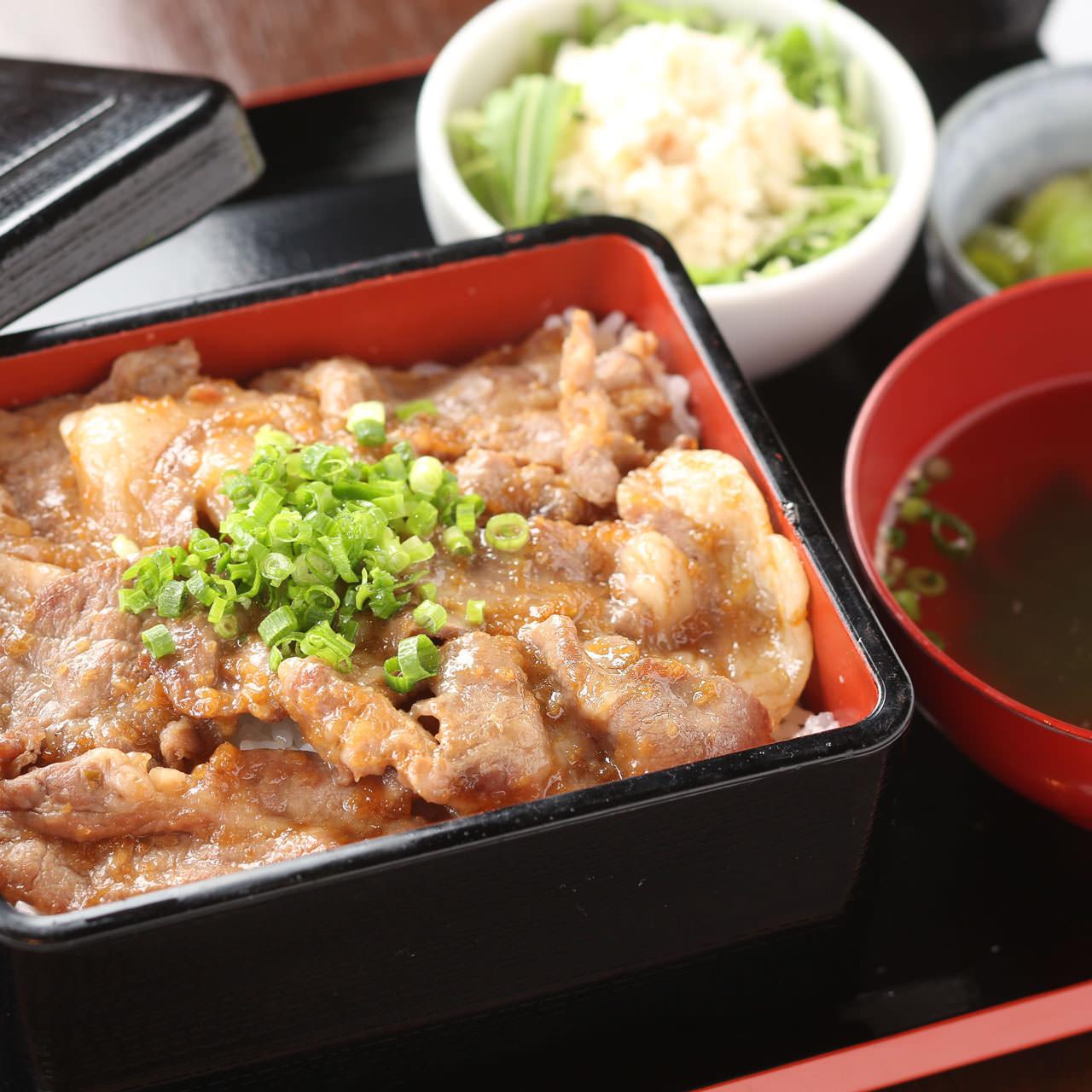燦家特製 みかわ豚生姜焼き重セット