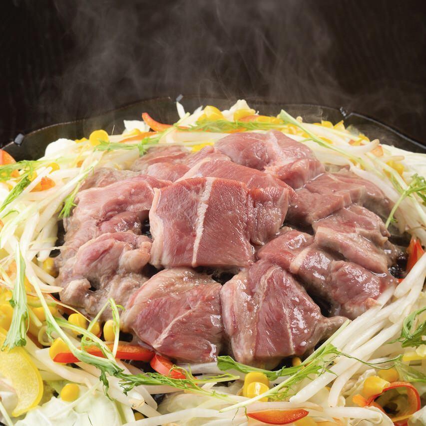 ラム肉と旬野菜のジンギスカン