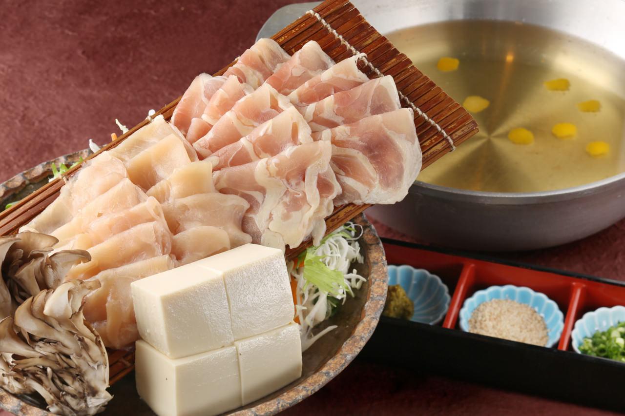 滋養野菜ともち豚・みつせ鶏の美人鍋