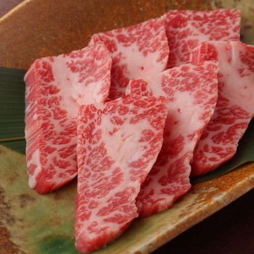 和牛イチボ肉の炙り~雲丹のかなた~