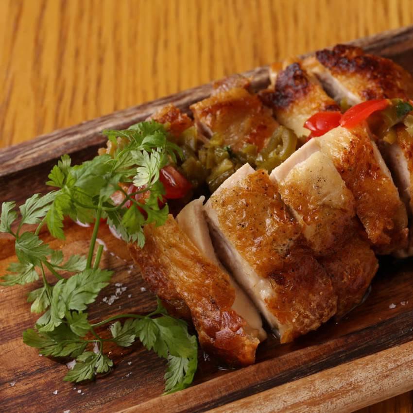 【9月】100分飲み放題+お席2時間付きマルゲリータピザ含む全8品『大山鶏のグリルコース』4500円